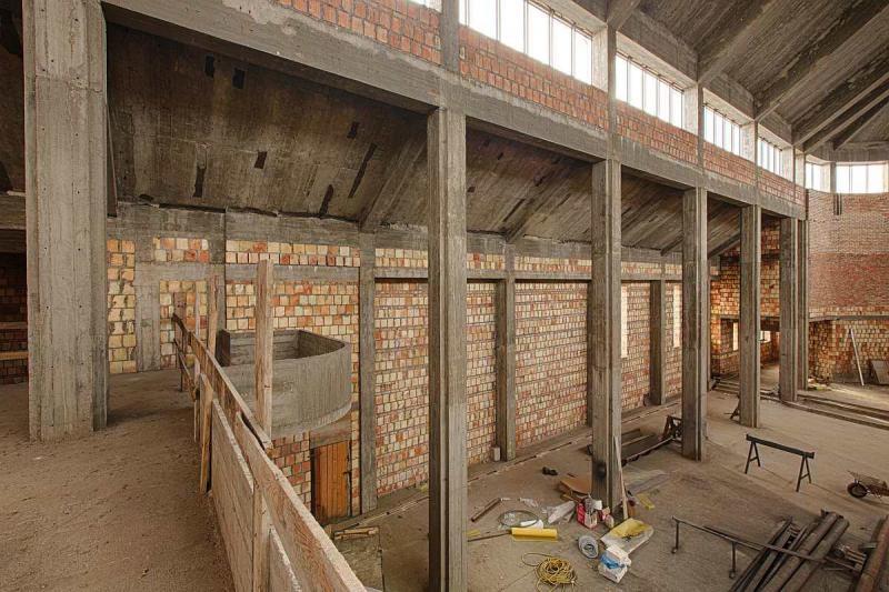 budowa-wnetrze-kosciola-09